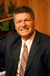 Pastor-Tom-Feb-13-lg72